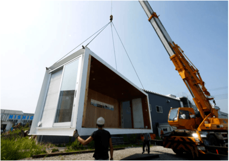 Shipping container accommodates homeless
