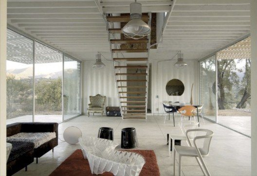 Infiniskis Manifesto Shipping Container House 2